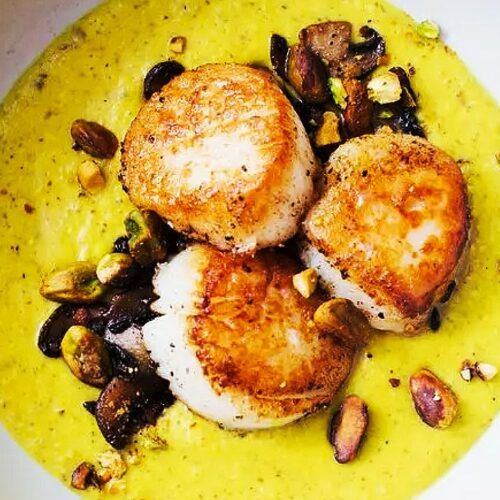 Scallops with Golden Mushroom Purée_MidPage