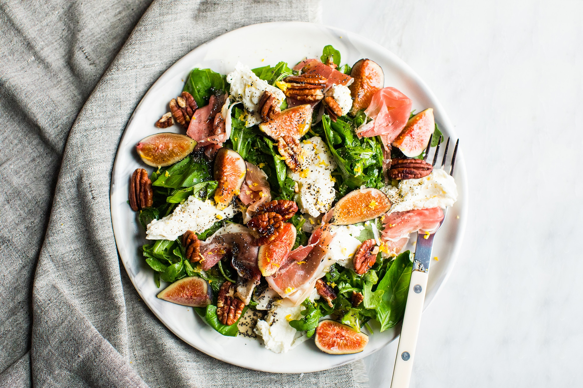 Autumn Salad: Fig and Prosciutto Salad with Mozzarella and Poppyseed Vinaigrette