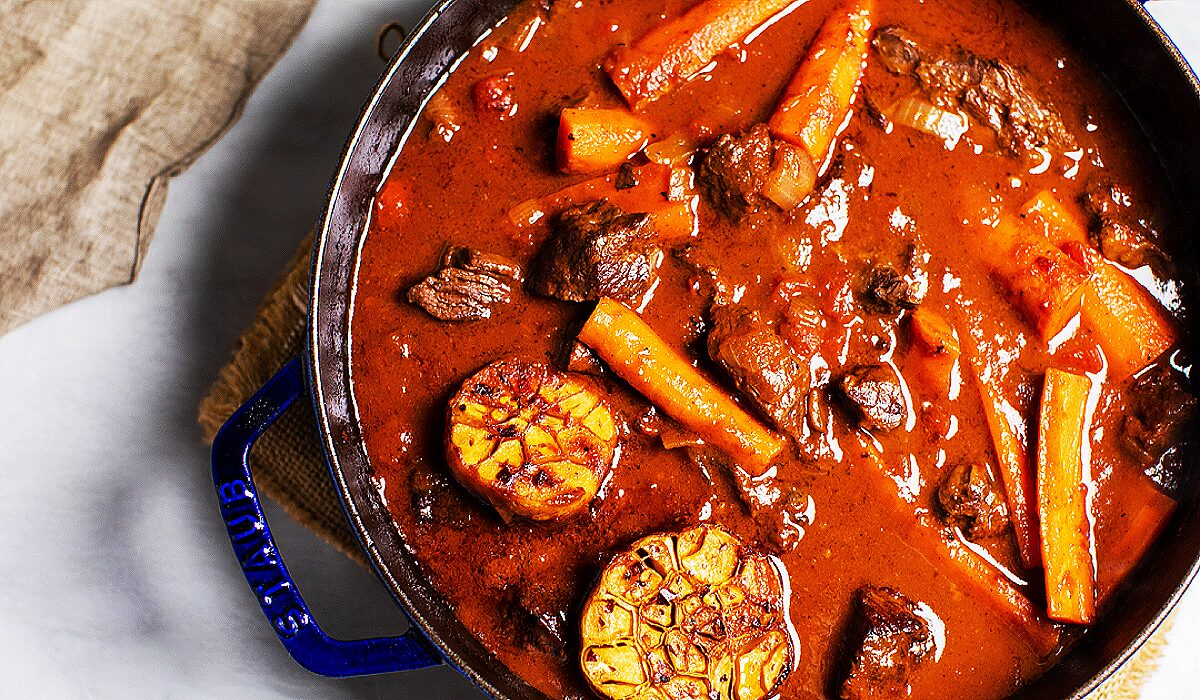 Easy Beef Stew with Garlic_Hero