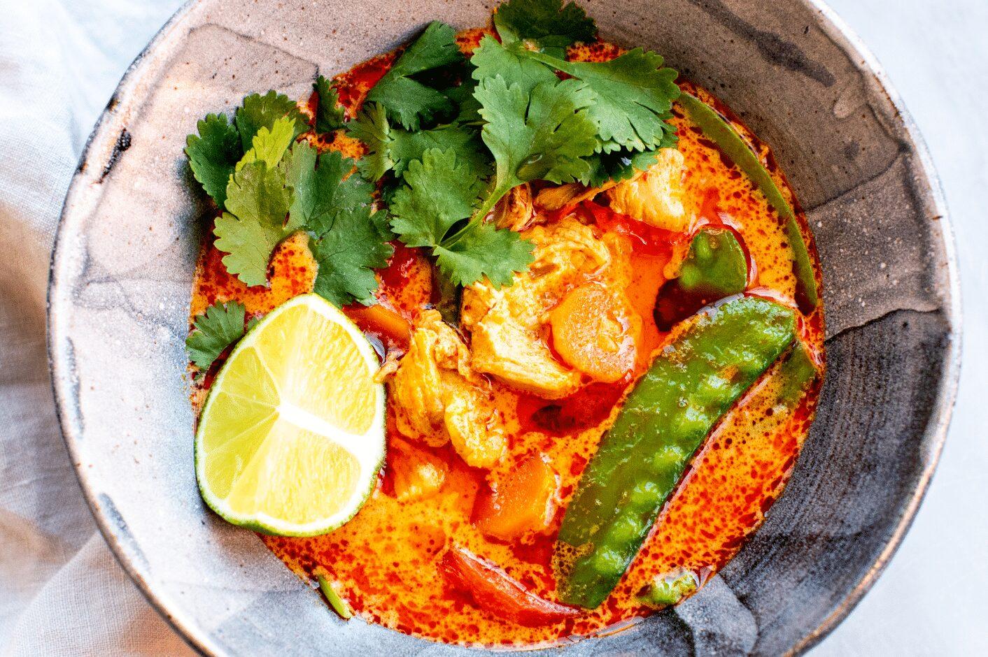 Spicy Thai Coconut Chicken Soup_Hero