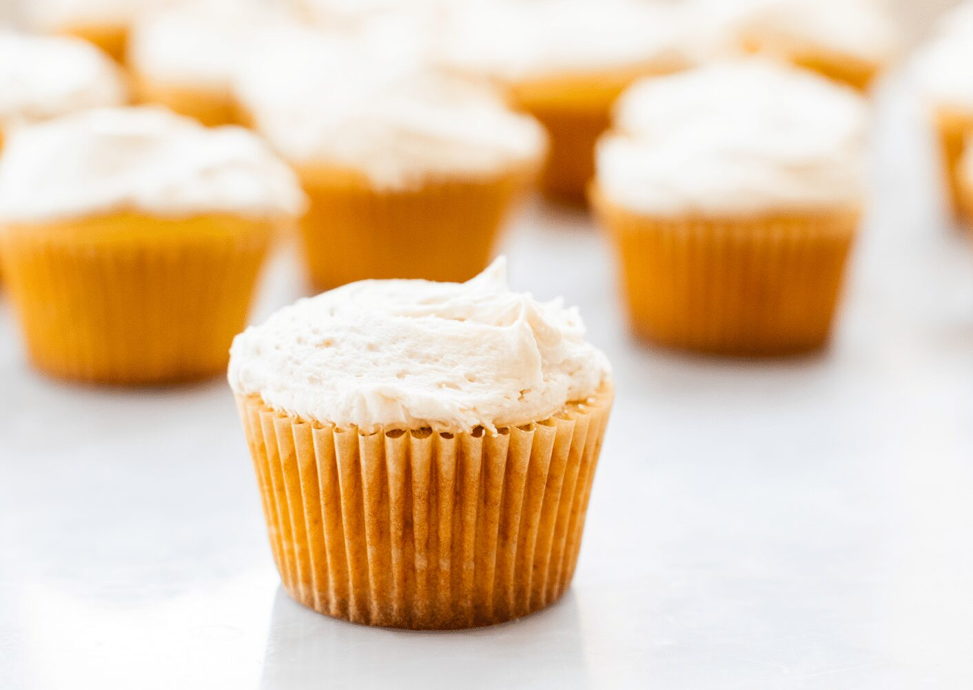White Russian Cupcakes with Kahlúa Buttercream_Hero
