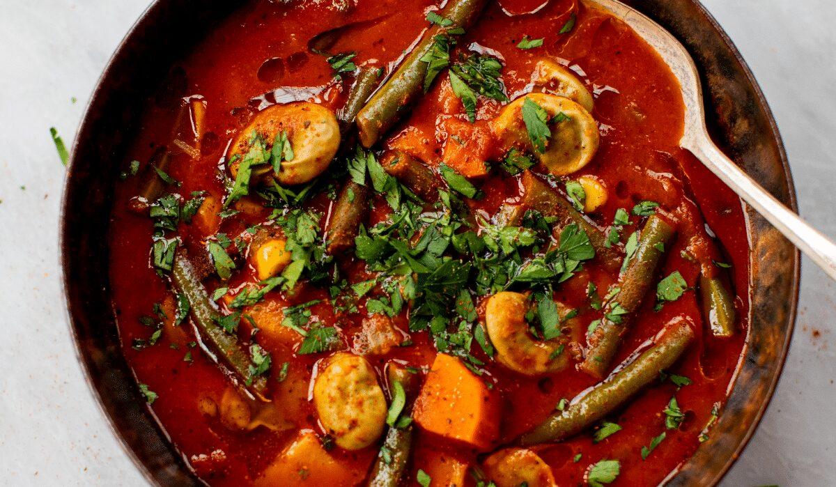 Harissa Spiced Vegetable Soup_Hero