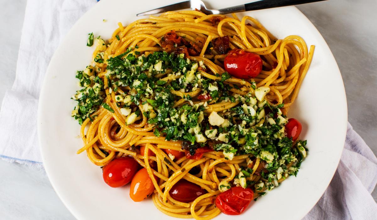 Spicy Spaghetti with Macadamia Gremolata_Hero