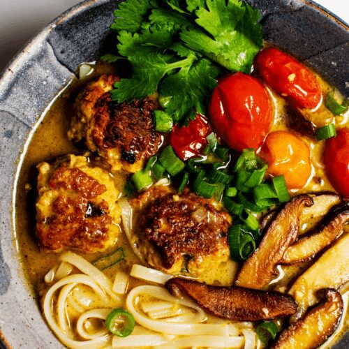 Chicken Meatballs in Green Curry_MidPage_MidPage