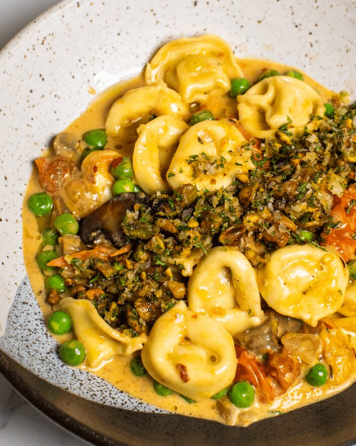 Creamy Tortellini with Mushrooms and Pistachio_MidPage