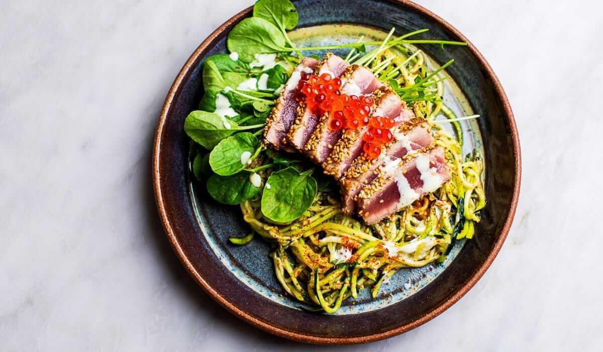 Zucchini Soba Salad with Seared Tuna_Hero