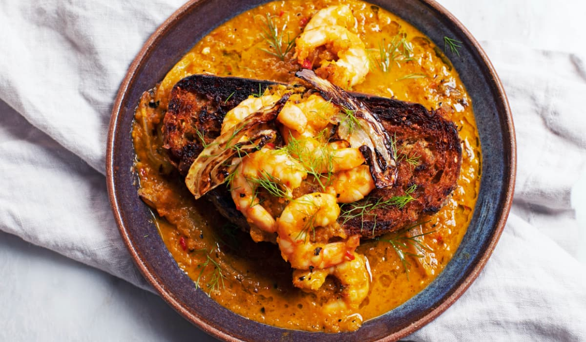 Spicy Shrimp with Grilled Bread_Hero