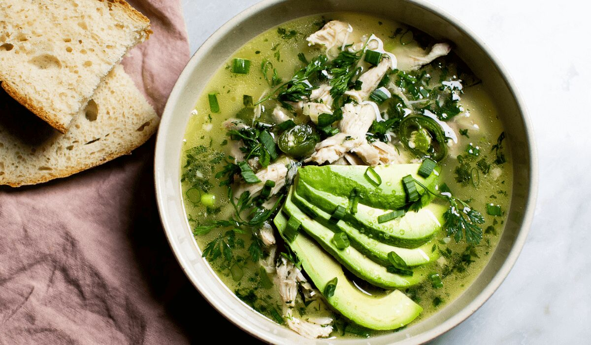 Easy Chicken Verde Soup_Hero