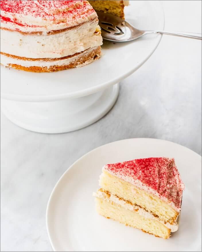 Vanilla Cake with Kahlua Raspberry Buttercream_MidPage