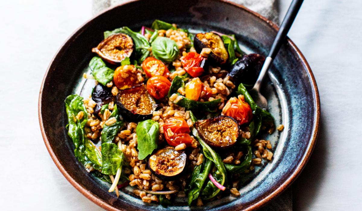 Balsamic Farro Salad with Figs_Hero