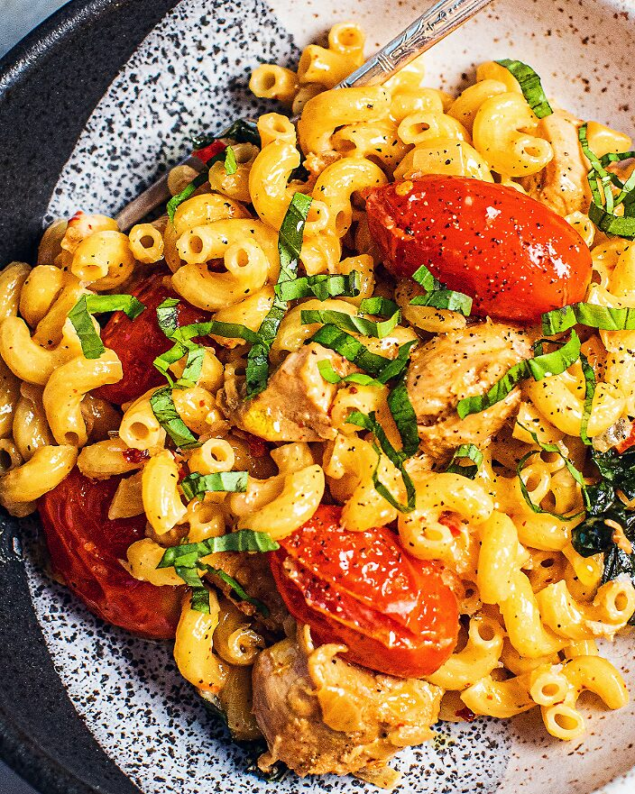 Creamy-Chicken-Mac-and-Cheese_MidPage