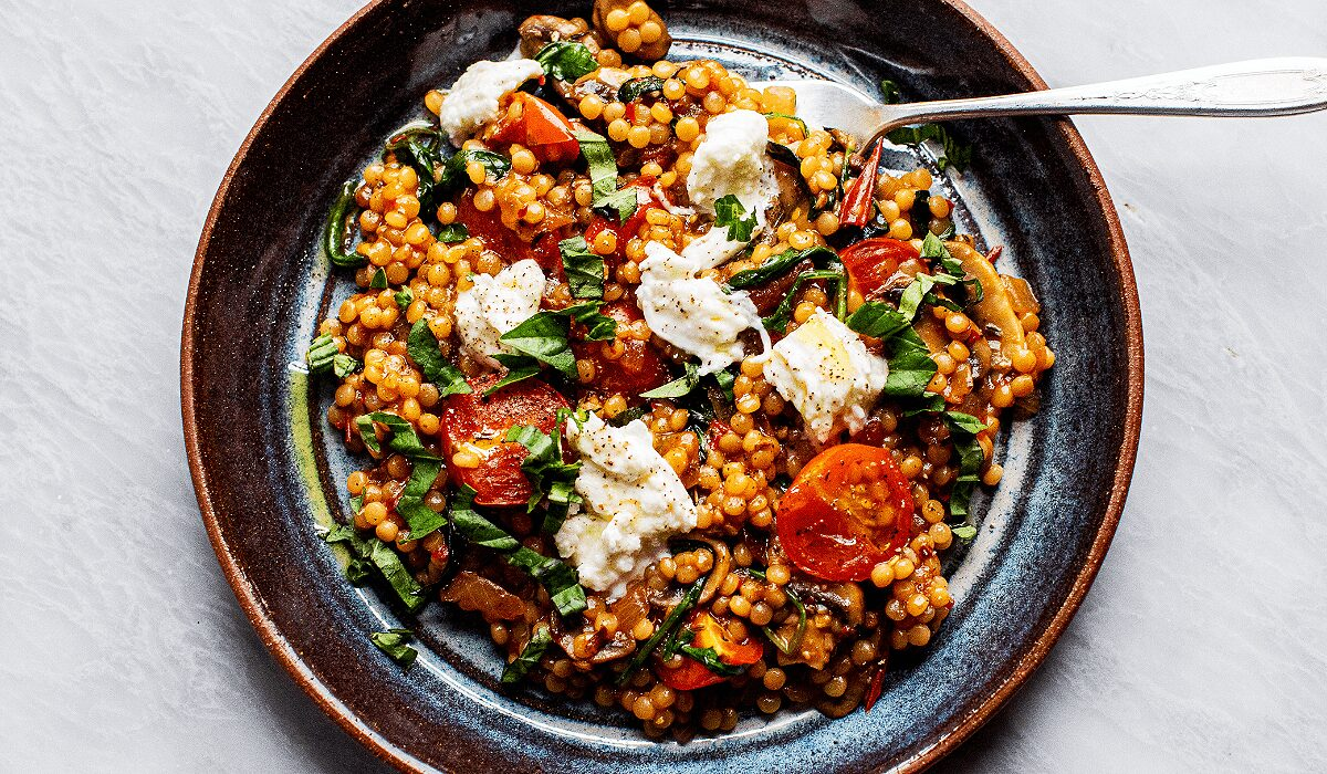 Tomato-Basil Pearled Couscous_Herof