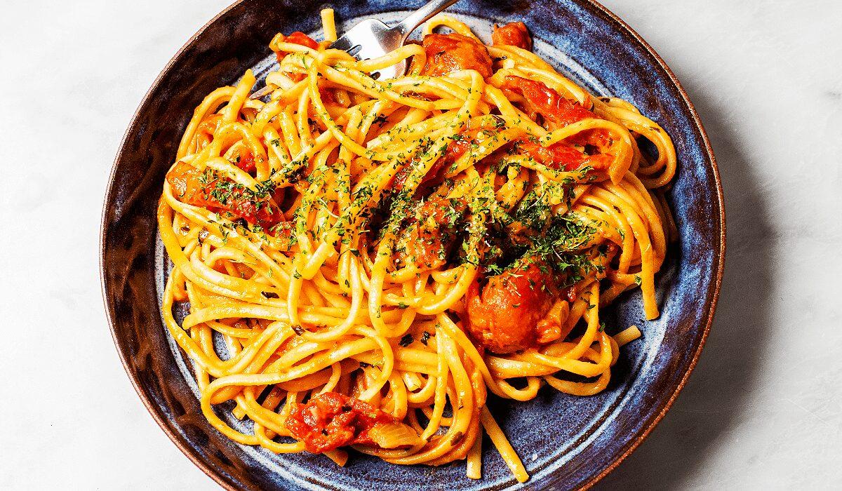Creamy Roasted Red Pepper Pasta_Hero