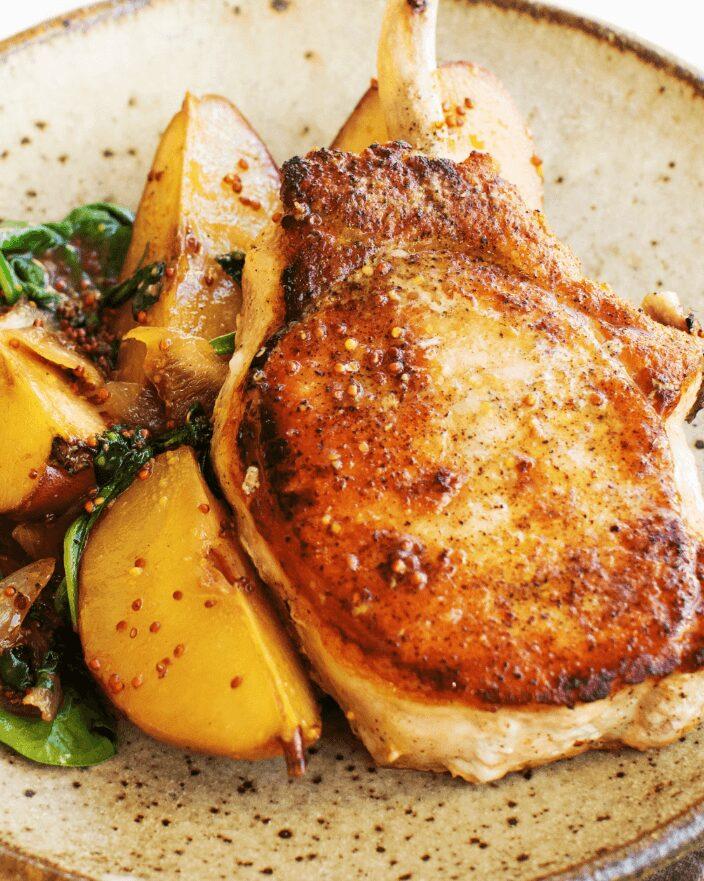 Pork Chops with Sautéed Pears_MidPage