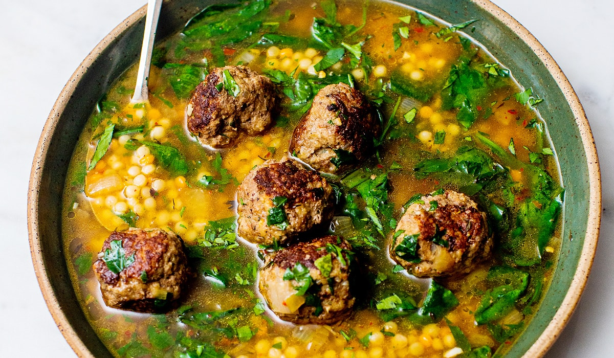 Easy-Meatball-Soup-with-Spinach_Hero