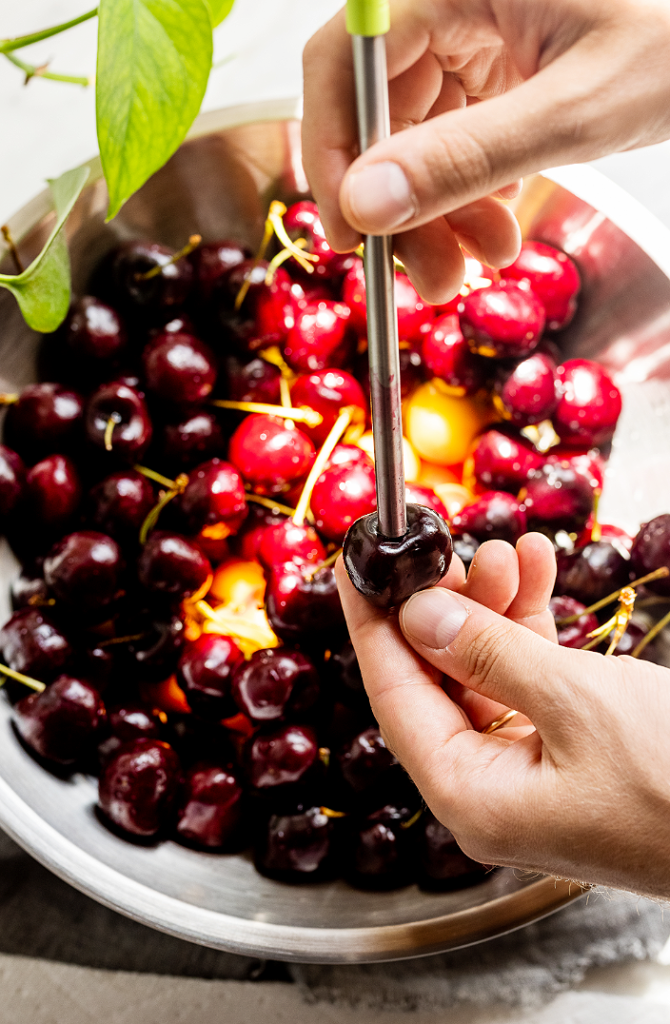 Easy Cherry Crumble_MidPage – 3